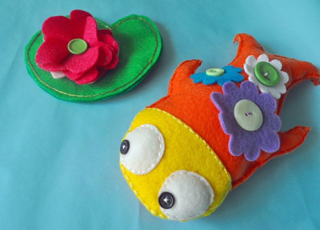 Felt Carp and Lily Pad/laurabraydesigns.com