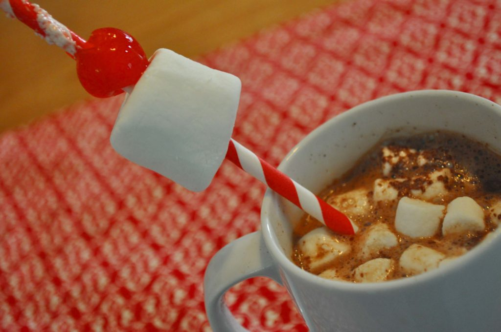 Valentine's Day Hot Cocoa Recipe by www.laurabraydesigns.com