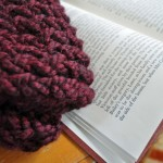 Yarn Along: The Claret Cowl