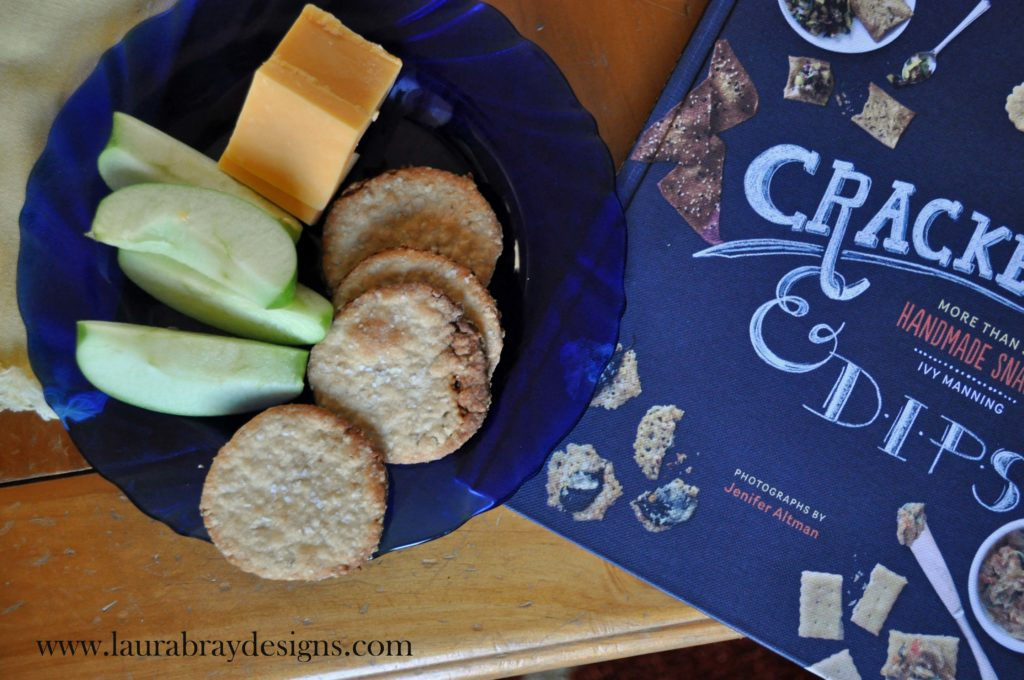 Homemade Crackers||laurabraydesigns.com