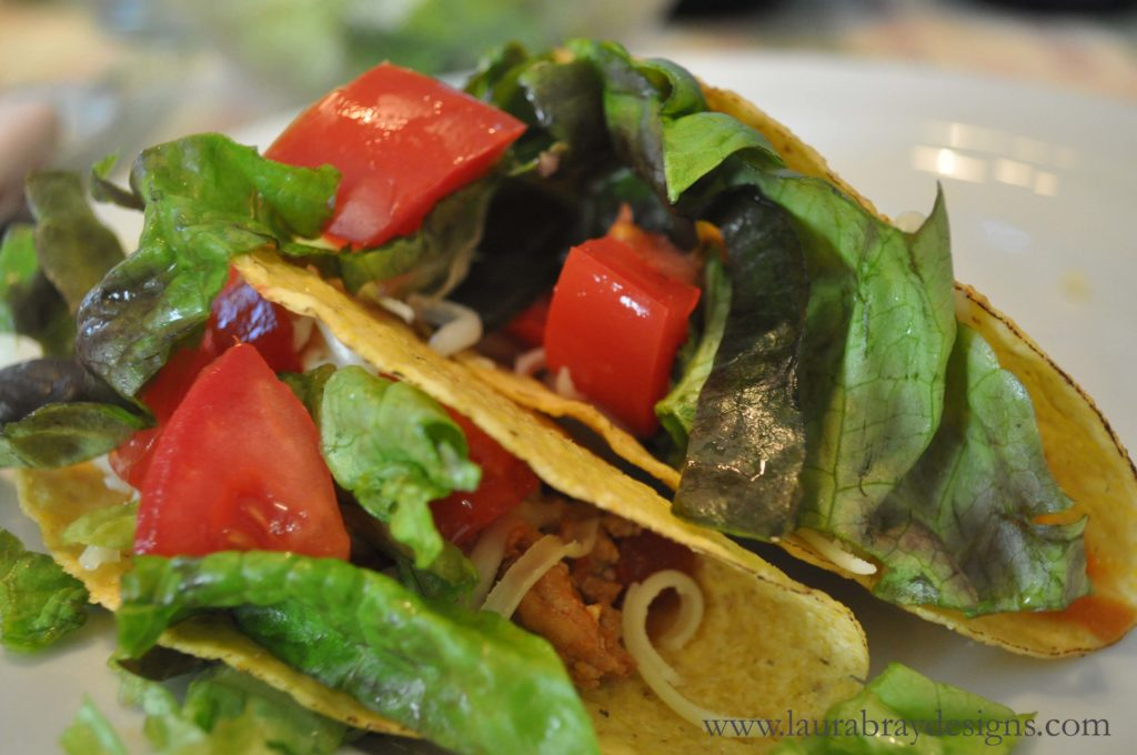 Turkey Taco Recipe||www.laurabraydesigns.com