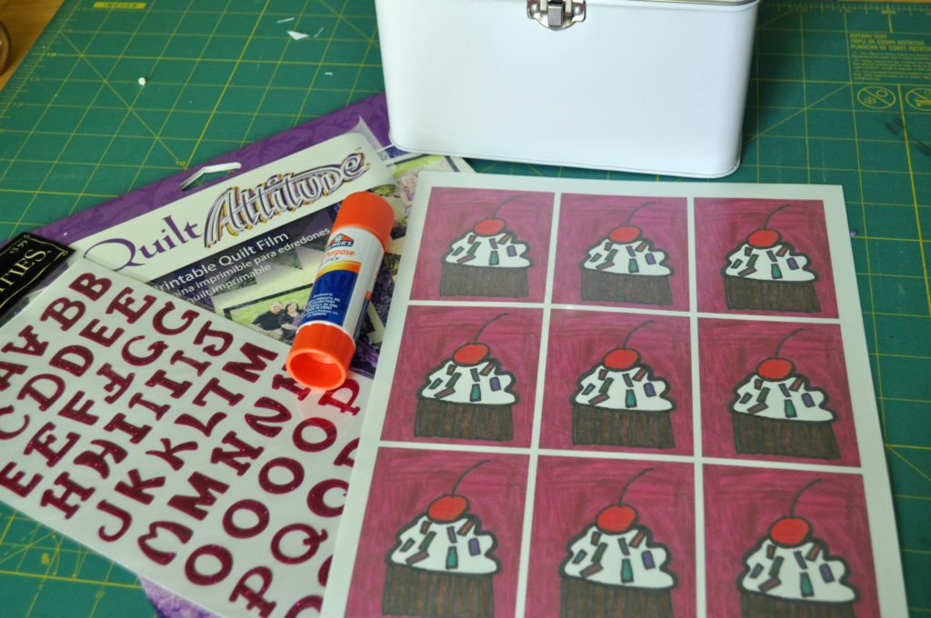 Child's Lunchbox Tutorial|www.laurabraydesigns.com