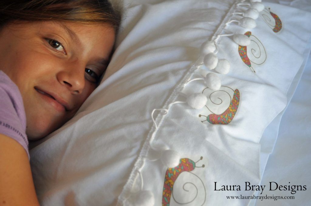 Make a set of summer sheets with Laura Bray