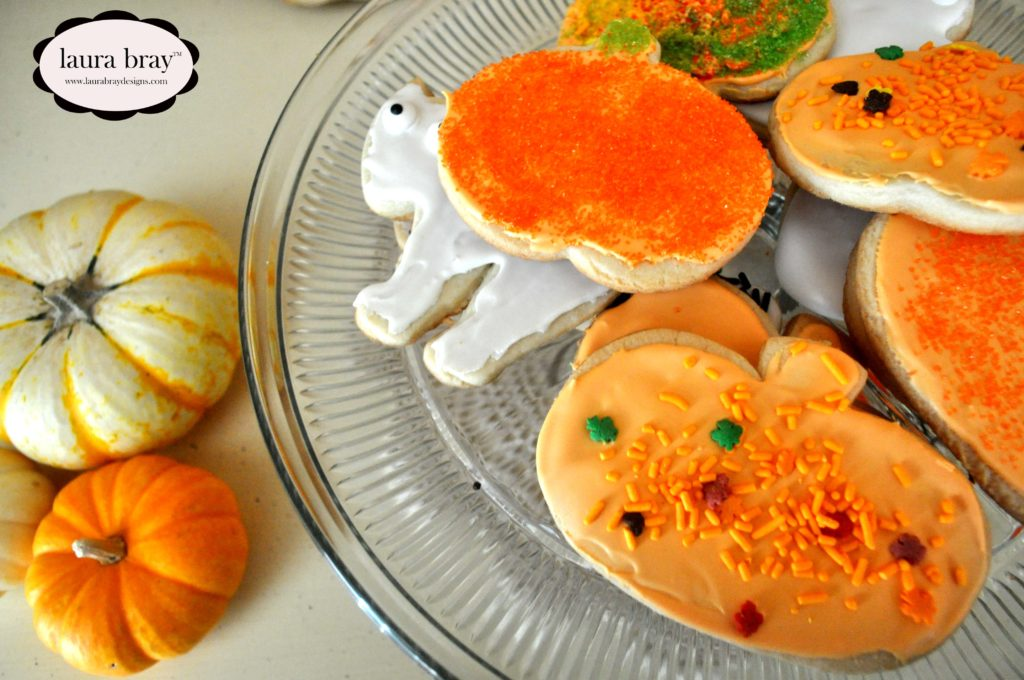 Countdown to Halloween with LauraBrayDesigns.com: Bake some festive cookies.